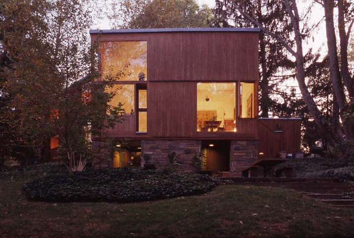 Louis Kahn, Dr. And Mrs. Norman Fisher House, 1960 67, Hatboro, PA. Photo:  William Whitaker.