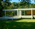 The_farnsworth_house_from_front